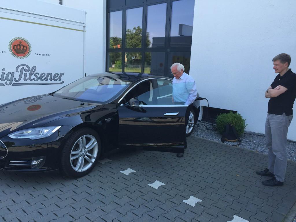 Dank Tesla habe ich endlich verstanden, warum Apple Autos bauen will ...